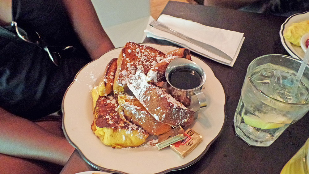 front-porch-cafe-french-toast