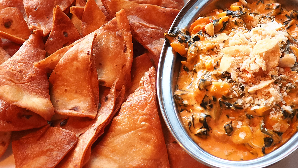 rustic-couch-spicy-crawfish-dip