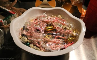 adult-candy-dish